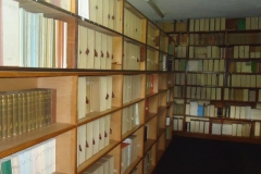 library-001